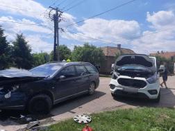 Két autó ütközött Tiszaföldváron